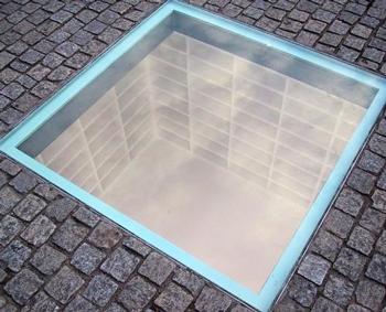 The Remainders of Memory: Berlin's Postnational Aesthetic